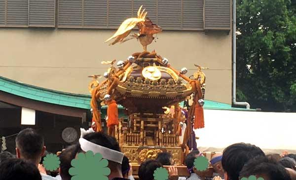 日野八坂神社の神輿