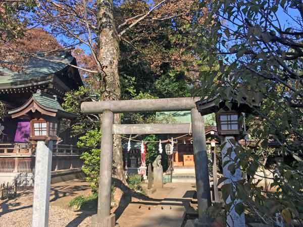 布多天神社境内の大鳥神社