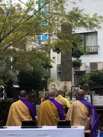 板橋の近藤勇と諸隊士供養祭の読経
