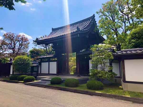 大昌寺(佐藤彦五郎・ノブの墓)|日野市の新撰組ゆかりの観光スポット